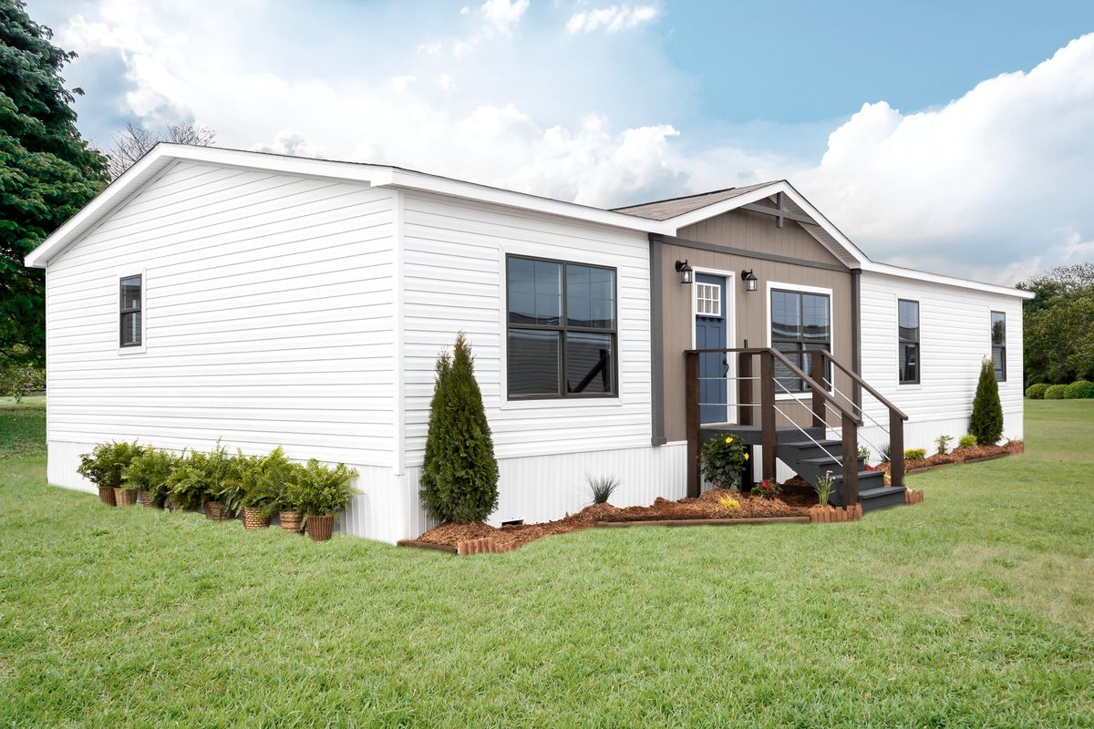 The ISABELLA Exterior. This Manufactured Mobile Home features 3 bedrooms and 2 baths.
